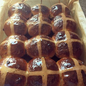Hot-Cross-Buns-1