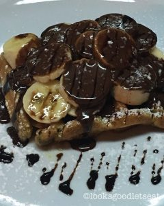 chocolate-banana-waffles