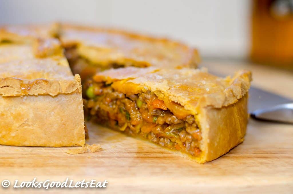 Mince Beef and Onion Pie